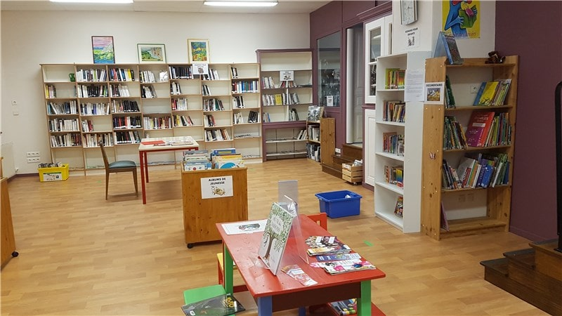 Photo bibliothèque confort 2